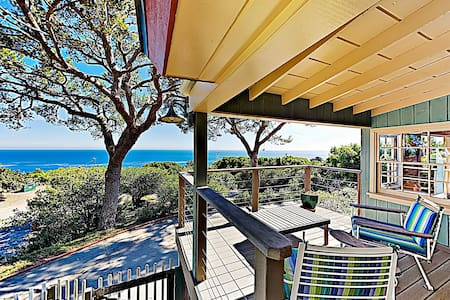 Ocean-View Paradise w/ Outdoor Kitchen