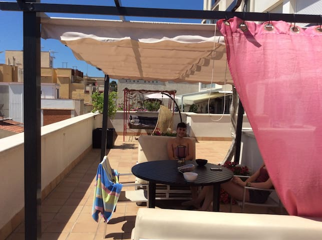 Barcelona beachfront apartment - Montgat - Flat