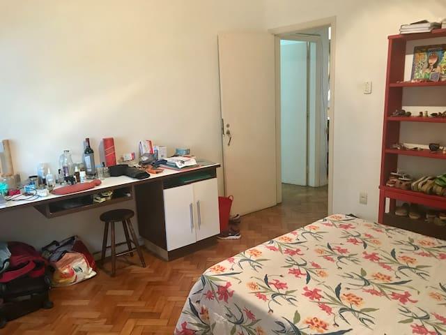 Apartamento no Jardim Botanico