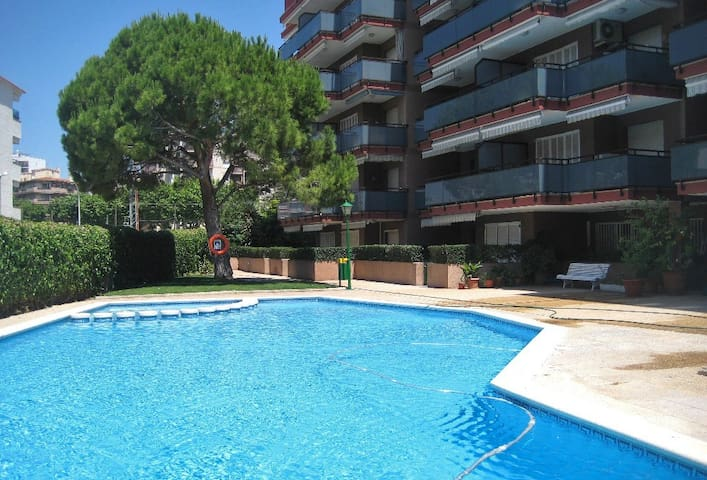 Apartment with pool 200m from the beach - Torredembarra - Byt