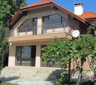 Great House near Sofia - Sofia - Casa