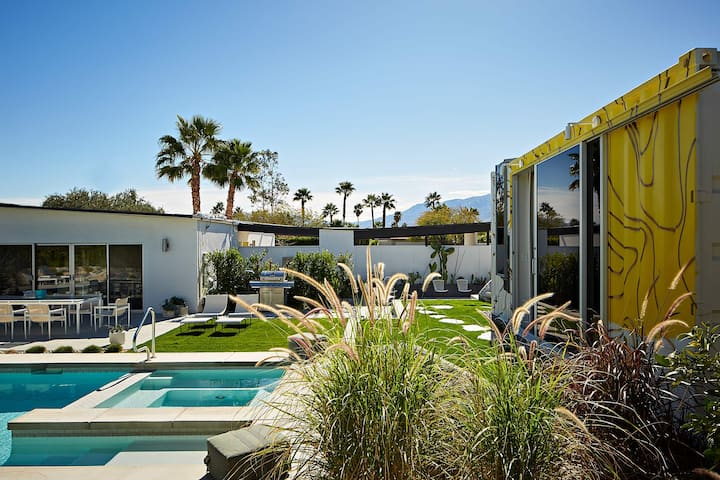 The Butterfly House - In Modernism Week 2017