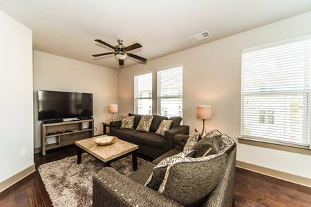 Herndon Luxury 2BR/2BA WiFi/Parking - Herndon - Departamento