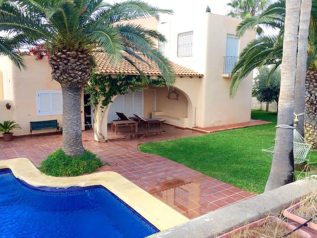Villa close to the sea-pool&garden - Puerto del rey