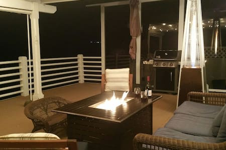 Margarita Villa - Waterfront Paradise with Dock!