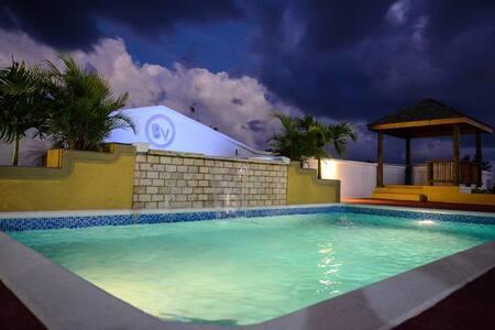 Anguilla - Very Private 2 bedroom villa