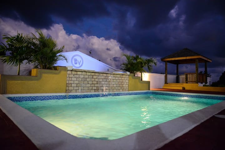 Anguilla - Very Private 2 bedroom villa