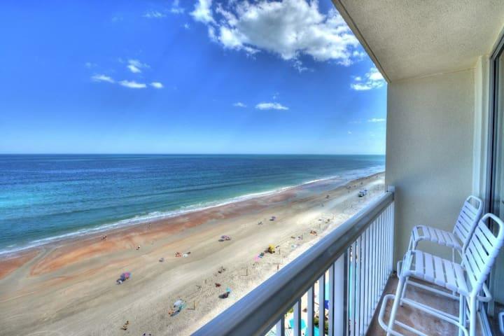 Daytona Beach Resort  - Oceanfront Studio - Sleeps 4