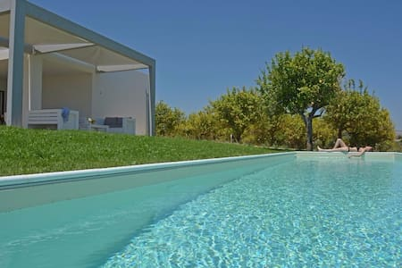 Villa Papeda with private garden and pool - Noto