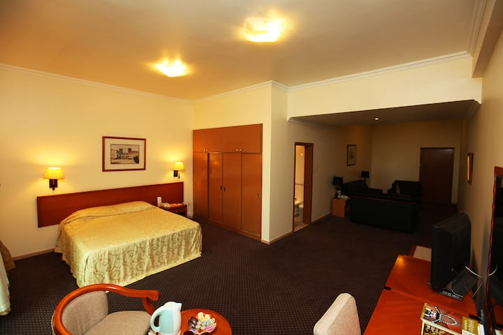 A spacious Executive suite with sea view -RO