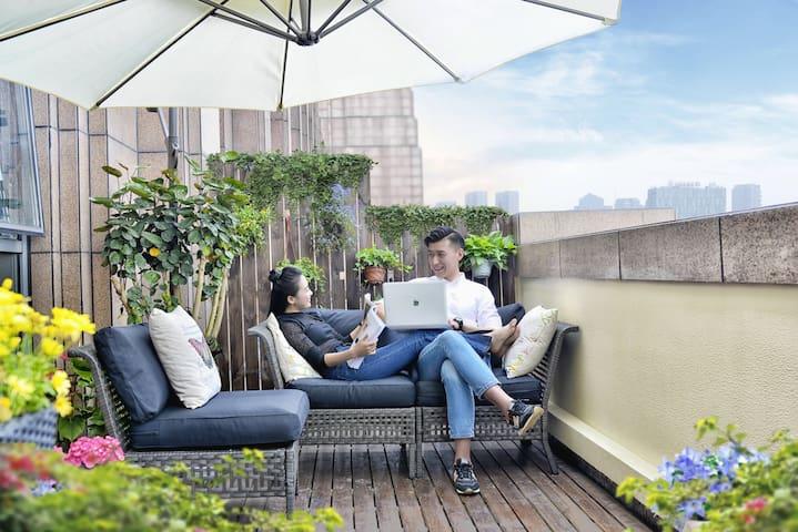 【柠檬新+】金色夕阳亲吻的大露台,创意时尚的空间感,双房间家庭度假首选 - 宁波 - อพาร์ทเมนท์