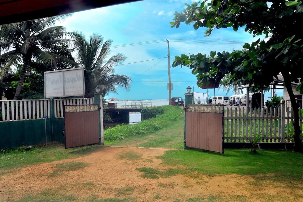 2 steps to the beach..sea view from cabana