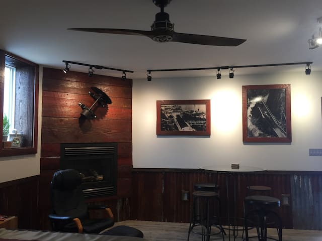 Sawmill Suite in Old Town Chemainus