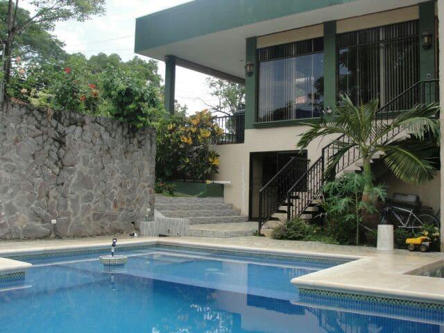 Casa Acuarelas