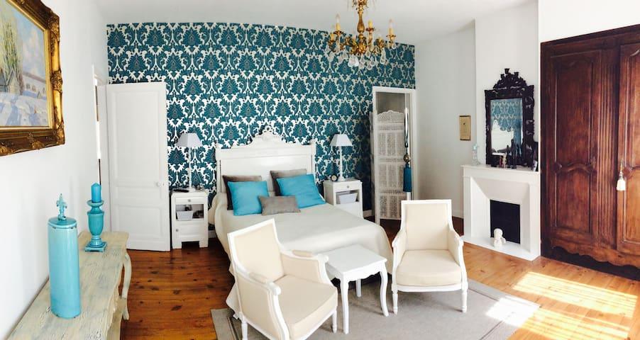Magnifique chambre dans maison de caractère - Moissac - Ev