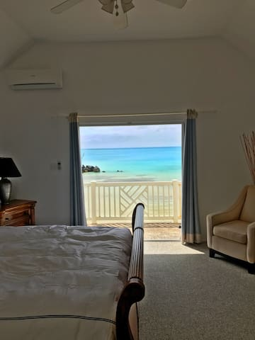 Taaj's Beachfront Condo with 180 degree views - Sandys Parish - Hus