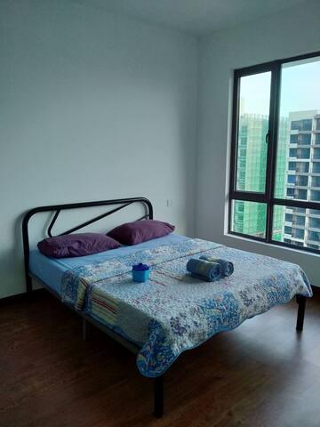 Basic 2 bedroom apartment Central Park