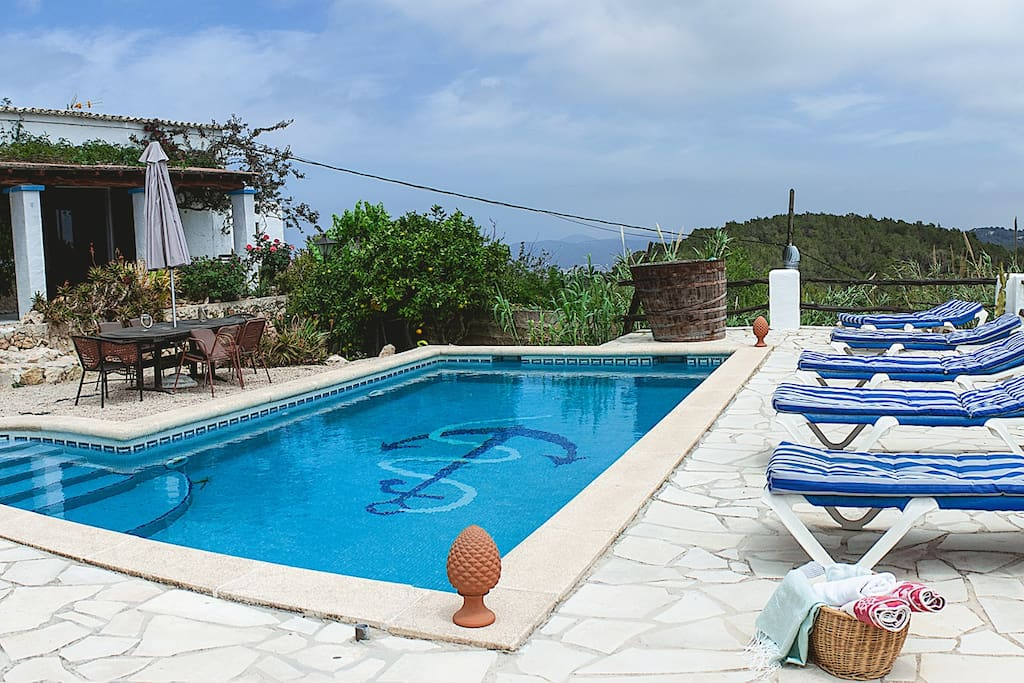 Ibiza lovely country villa wpool houses for rent in for Ibiza country villas