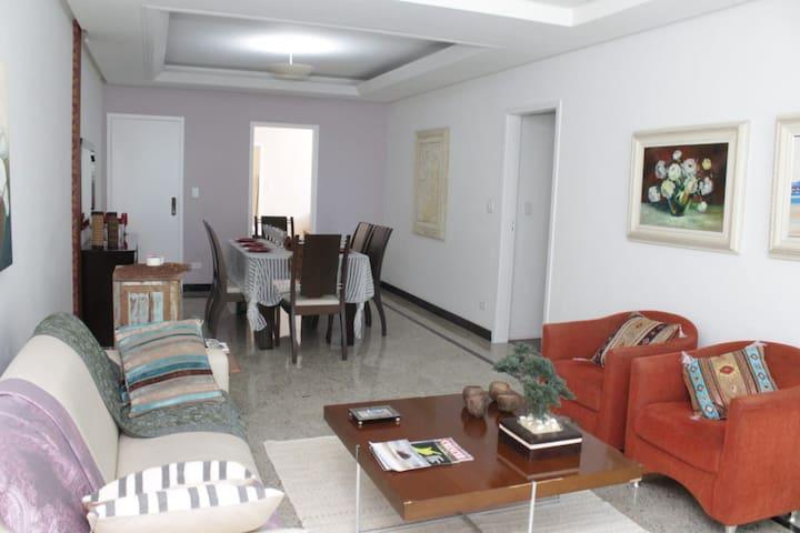 Apartamento Praia da Costa Vila Velha ES.