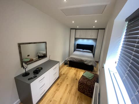 Luxury double bedroom with views. Brand new