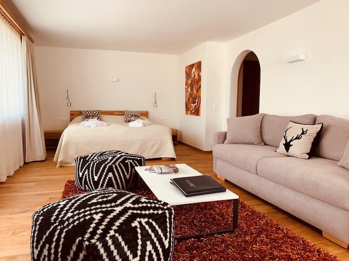 Gemütliche Panorama Suite im Zentrum Silvaplanas