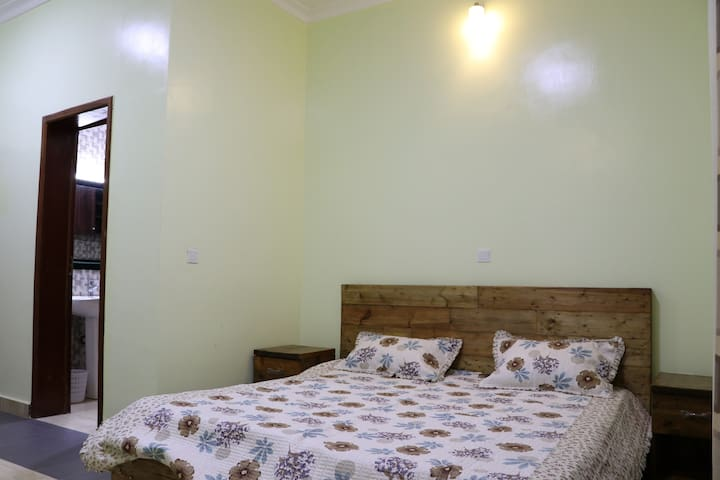 Shared Bedroom. Detachable beds