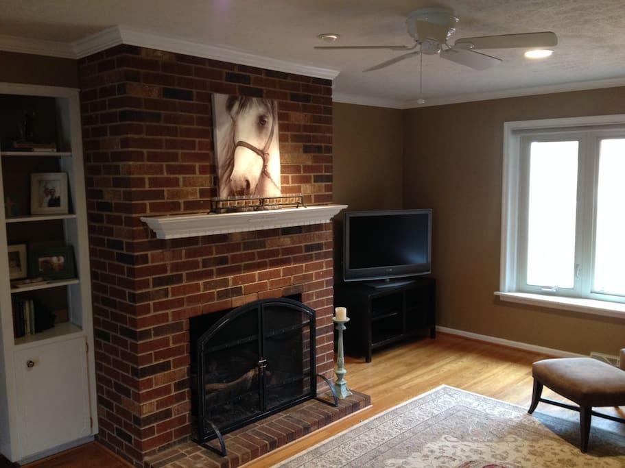 Living Room, Apple TV