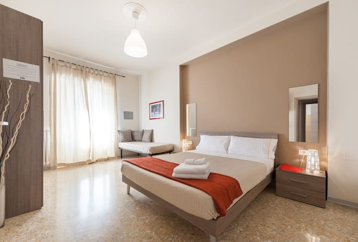 Residenza Toselli - Red Suite
