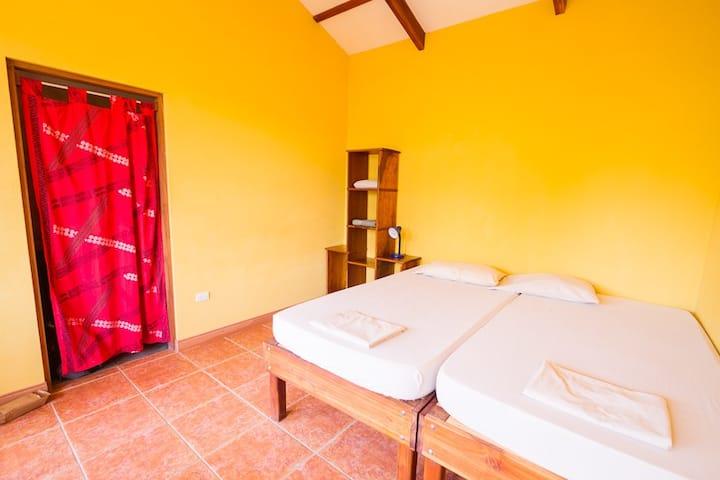 Room 2 at Calocita