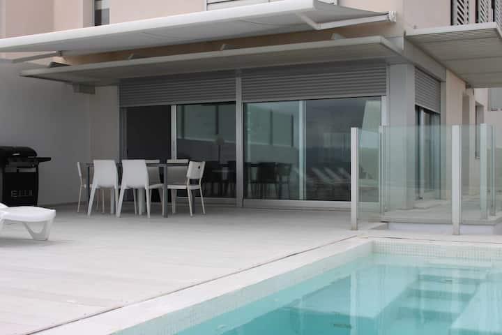 C10 | Dúplex privado con piscina y vistas al mar
