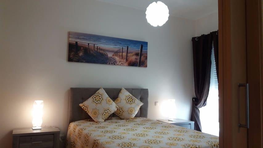 Apartamento T1 Novo com Piscina