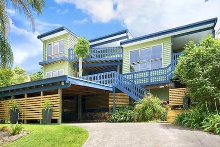 Huge King Bedroom SeaViews EnSuite - Elanora Heights - บ้าน