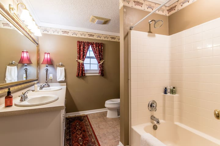 Upstairs full private bathroom with double sinks
