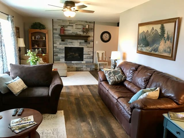 Rustic Home near Yellowstone & World Class Fishing