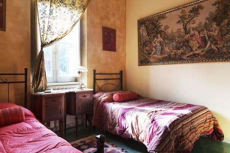 Liberty BnB Santa Flavia Iole - Santa Flavia - Bed & Breakfast