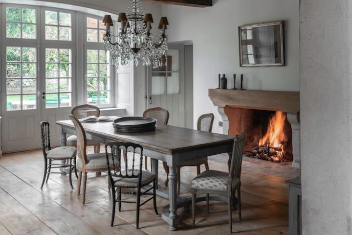 Maison d'Anjou