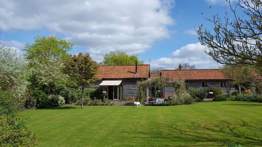 Beautiful Suffolk barn conversion. - Thelnetham  - 獨棟