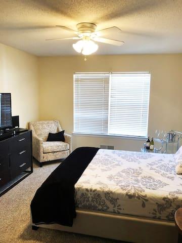 2nd Floor Master  Suite Bedroom (1)