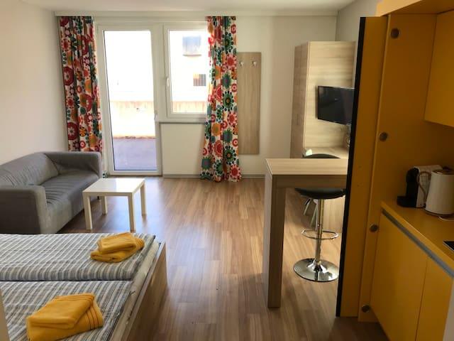Moderne Einzimmerwohnung neben Ski-Lift