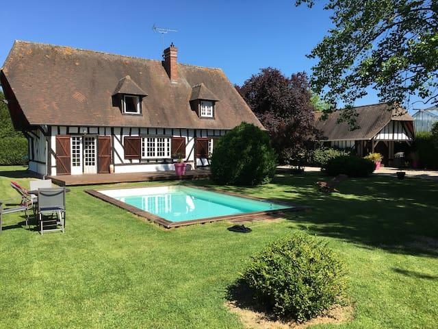 maison normande- piscine chauffée -45' Deauville