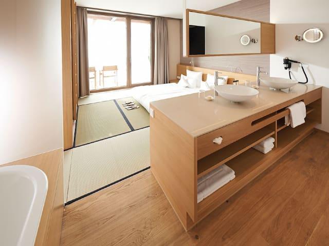 Hotel bora HotSpaResort, (Radolfzell am Bodensee), Japan Suite, 46,5 m²