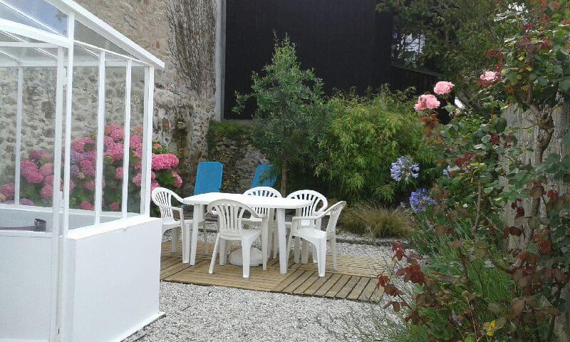 Maison de pêcheur jardin privé à Tréboul - vue mer - Douarnenez - Hus