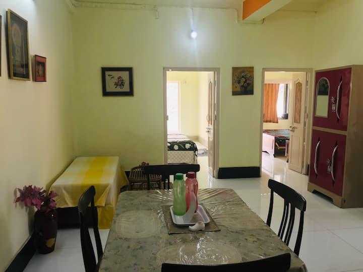 Furnished apt w. 2 bed rooms in New Alipore area