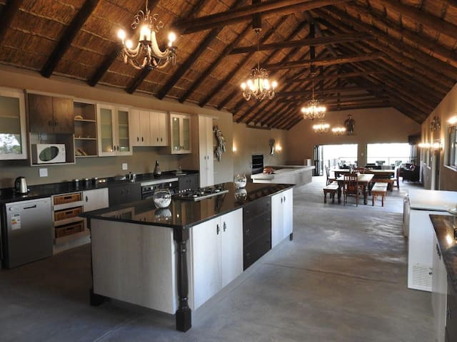 TULANI Bushveld Safari Lodge.Balule(Self Catering)