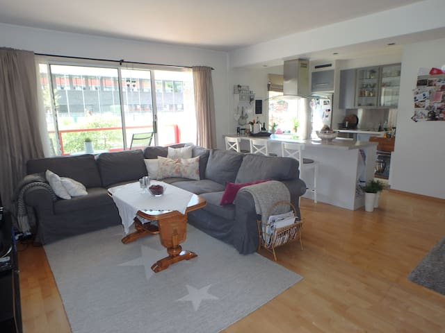 Central apartment with King Size bed - Bergen - Lejlighed