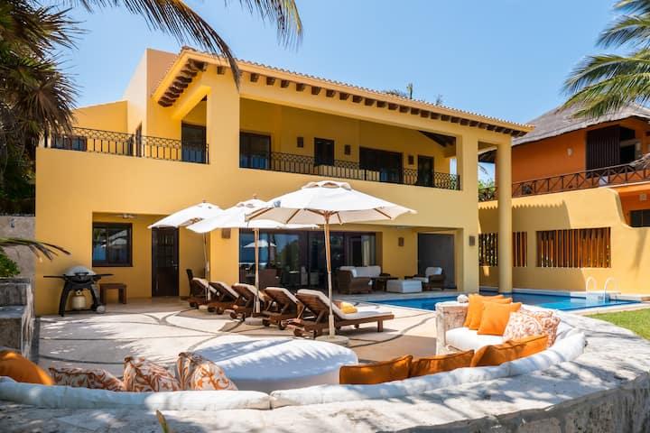 Palmilla- Luxury Beachfront Akumal Villa-With Chef