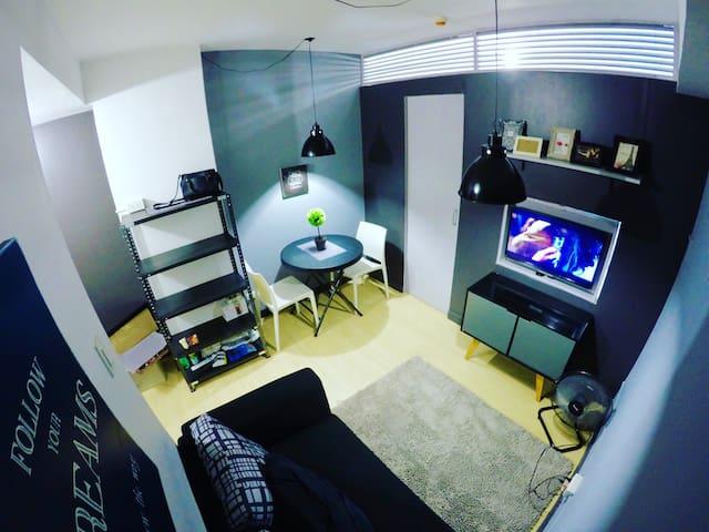 Modern 1 Bdrm Unit in QC - Quezon City - Condominium