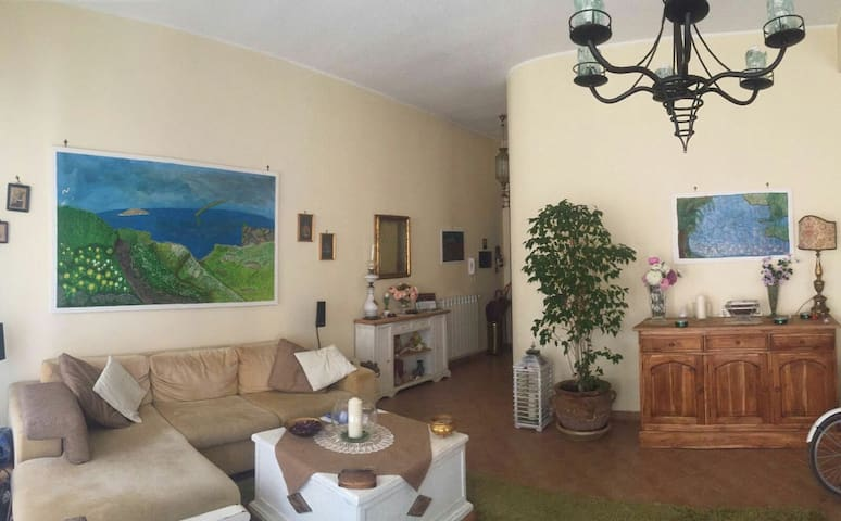 Mondello Lilla' room