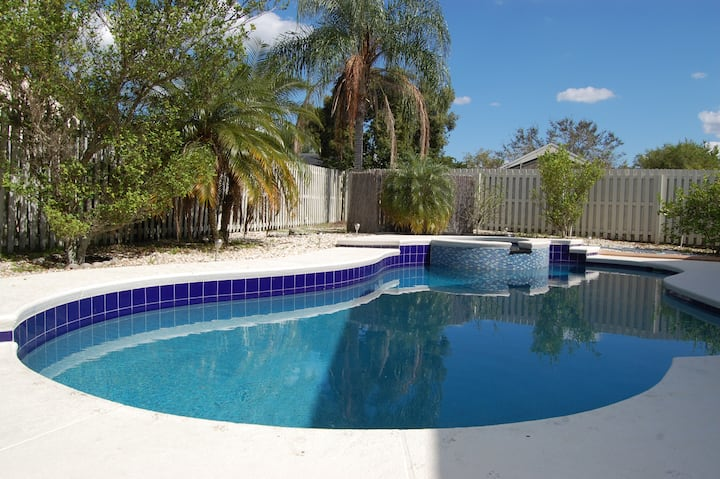 Orlando pool house