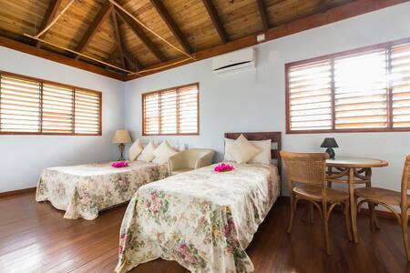 Mango Studio Garden View Room